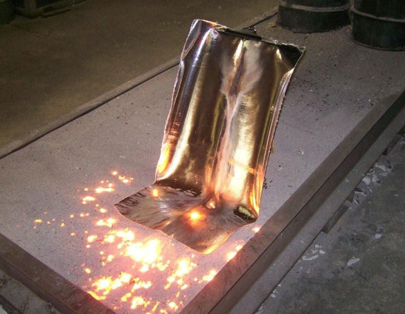 Molten Metal Fabric Pour Testing Intertex Textiles